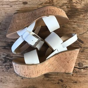 Marc Fisher white leather wedge sandals size 5.5